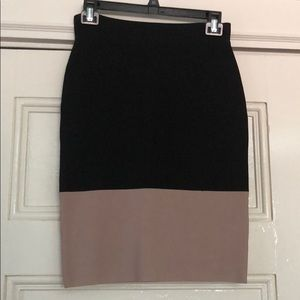 BCBG Black and Tan Power Skirt Size Small